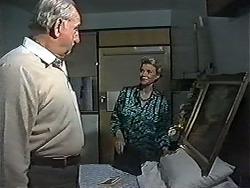 Derek Wilcox, Helen Daniels in Neighbours Episode 1200