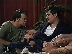 Matt Robinson, Des Clarke in Neighbours Episode 1201