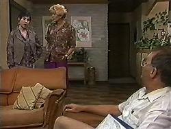 Kerry Bishop, Madge Bishop, Harold Bishop in Neighbours Episode 1202