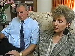 Jim Robinson, Beverly Robinson in Neighbours Episode 1203