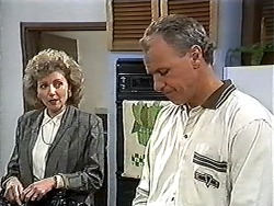 Beverly Marshall, Jim Robinson in Neighbours Episode 1204