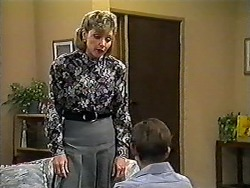 Beverly Marshall, Todd Landers in Neighbours Episode 1206