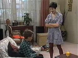 Toby Mangel, Kerry Bishop in Neighbours Episode 1208