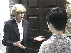 Madge Bishop, Kerry Bishop in Neighbours Episode 1208