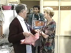 Harold Bishop, Eddie Buckingham, Madge Bishop in Neighbours Episode 1209