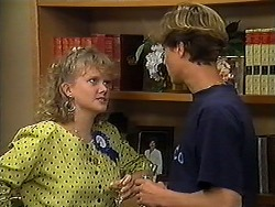 Sharon Davies, Ryan McLachlan in Neighbours Episode 1210