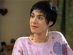 Kerry Bishop in Neighbours Episode 1210