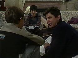 Toby Mangel, Kerry Bishop, Joe Mangel in Neighbours Episode 1211