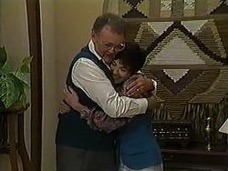 Harold Bishop, Kerry Bishop in Neighbours Episode 1211