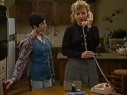 Kerry Bishop, Beverly Marshall in Neighbours Episode 1211