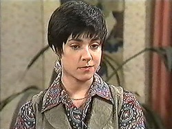 Kerry Bishop in Neighbours Episode 1212