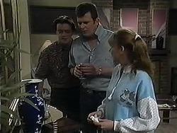 Matt Robinson, Des Clarke, Melanie Pearson in Neighbours Episode 1213