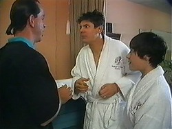 Brian, Joe Mangel, Kerry Bishop in Neighbours Episode 1217