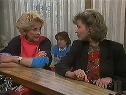 Madge Bishop, Beverly Robinson in Neighbours Episode 1220