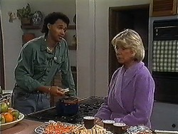 Eddie Buckingham, Helen Daniels in Neighbours Episode 1221