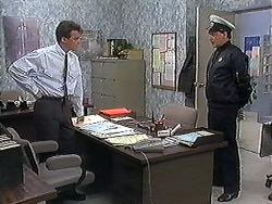Paul Robinson, Ken in Neighbours Episode 1221