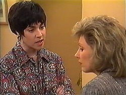 Kerry Bishop, Beverly Robinson in Neighbours Episode 1225