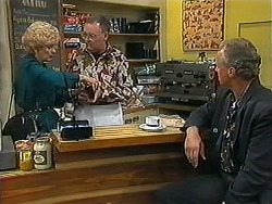 Madge Bishop, Harold Bishop, Jim Robinson in Neighbours Episode 1225