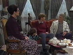 Dorothy Burke, Lochy McLachlan, Ryan McLachlan, Clarrie McLachlan in Neighbours Episode 1226