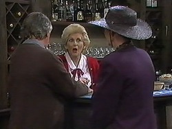 Clarrie McLachlan, Madge Bishop, Dorothy Burke in Neighbours Episode 1226