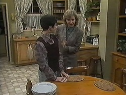 Kerry Bishop, Beverly Marshall in Neighbours Episode 1227