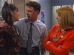 Isabella Lopez, Paul Robinson, Melanie Pearson in Neighbours Episode 1229