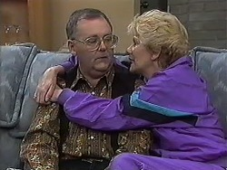 Harold Bishop, Madge Bishop in Neighbours Episode 1232