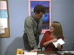 Paul Robinson, Melanie Pearson in Neighbours Episode 1233