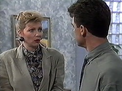 Beverly Marshall, Paul Robinson in Neighbours Episode 1233