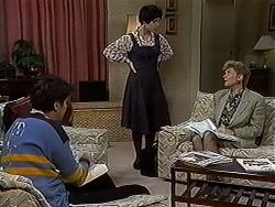 Joe Mangel, Kerry Bishop, Beverly Marshall in Neighbours Episode 1234