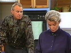 Jim Robinson, Helen Daniels in Neighbours Episode 1236