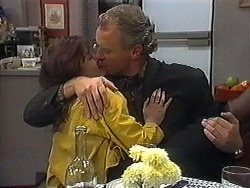 Caroline Alessi, Jim Robinson in Neighbours Episode 1236