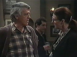 Clarrie McLachlan, Dorothy Burke in Neighbours Episode 1237