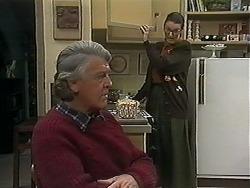 Clarrie McLachlan, Dorothy Burke in Neighbours Episode 1238