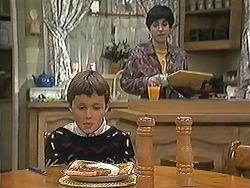 Toby Mangel, Kerry Bishop in Neighbours Episode 1239