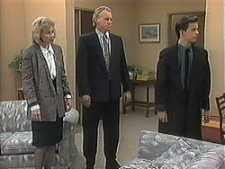 Beverly Robinson, Jim Robinson, Todd Landers in Neighbours Episode 1239