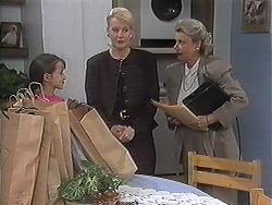 Tracey Dawson, Rosemary Daniels, Helen Daniels in Neighbours Episode 1239