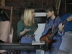 Melissa Jarrett, Cody Willis in Neighbours Episode 1239