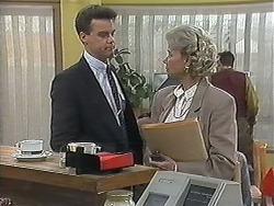 Paul Robinson, Helen Daniels in Neighbours Episode 1239