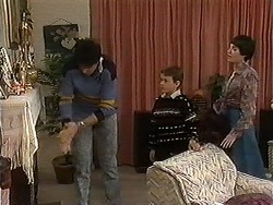 Joe Mangel, Toby Mangel, Kerry Bishop in Neighbours Episode 1241