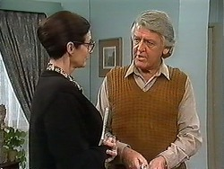 Dorothy Burke, Clarrie McLachlan in Neighbours Episode 1241