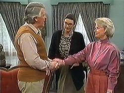Clarrie McLachlan, Dorothy Burke, Helen Daniels  in Neighbours Episode 1241