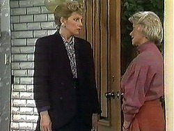 Beverly Robinson, Helen Daniels in Neighbours Episode 1241