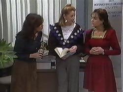 Caroline Alessi, Melanie Pearson, Christina Alessi in Neighbours Episode 1246