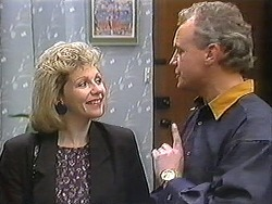 Beverly Robinson, Jim Robinson in Neighbours Episode 1247