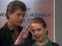 Roger Walsh, Melanie Pearson in Neighbours Episode 1250