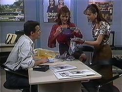 Paul Robinson, Christina Alessi, Caroline Alessi in Neighbours Episode 1250