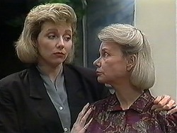Beverly Marshall, Helen Daniels in Neighbours Episode 1251