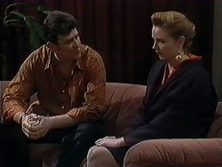 Des Clarke, Melanie Pearson in Neighbours Episode 1251