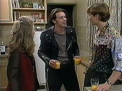 Annabelle Deacon, Matt Robinson, Ryan McLachlan in Neighbours Episode 1251